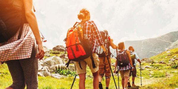 razones para practicar senderismo en otoño