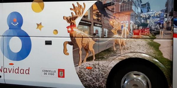 NadalBus, el bus turístico de Navidad vuelve a recorrer las calles de Vigo