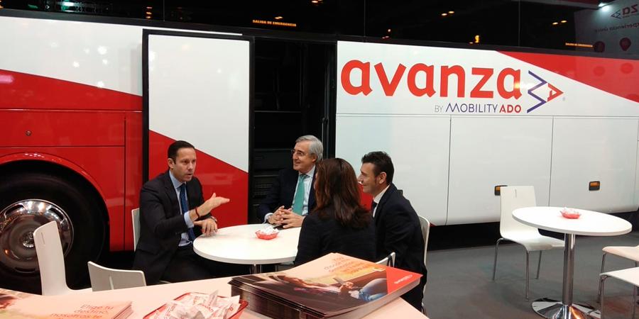 Valentín Alonso director de Avanza Spain y el Alcalde de Ávila D. José Luis Rivas